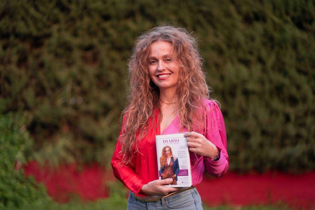 Diario de una mujer completa poesía homenaje a la mujer Yolanda Sáenz de Tejada