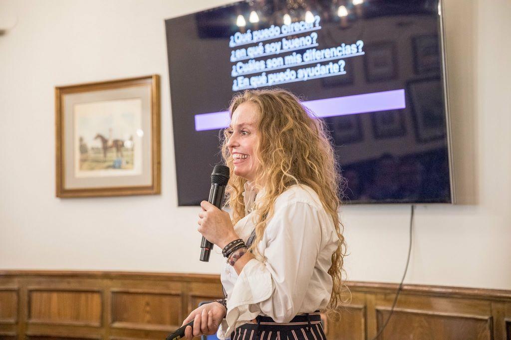 evento mujer ver tocina visibilidad femenina conferencia yolanda saenz de tejada