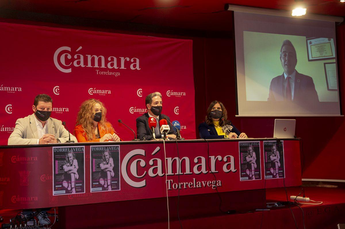 Visibilidad femenina en Torrelavega curso de Yolanda Sáenz de Tejada Vázquez Cámara de comercio